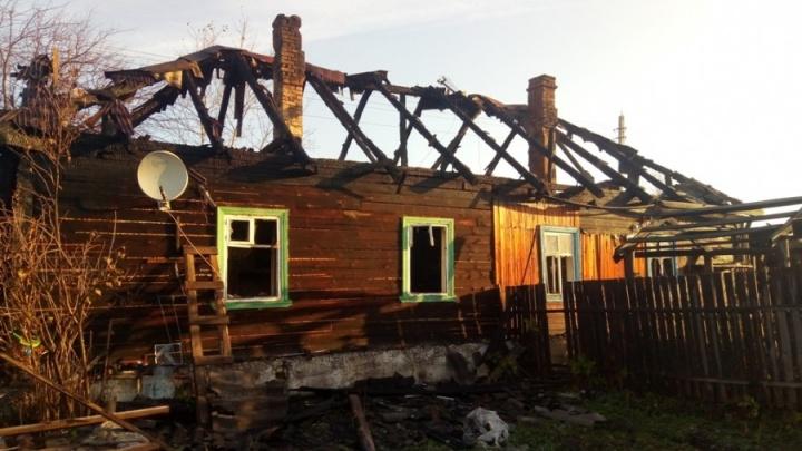 В Верхотурье будут судить пожарного, который отказался искать в огне двоих детей и их деда