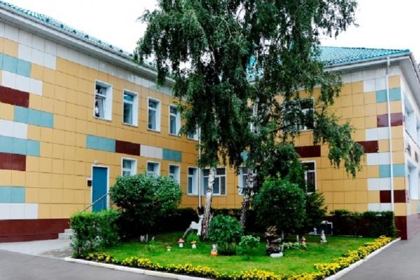 Так садик на улице Чокана Валиханова выглядит летом. В горсовете его назвали лучшим детсадом в этой части города