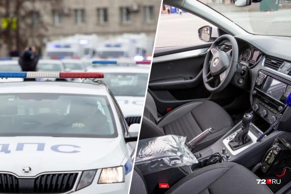 Совсем скоро тюменские полицейские будут ездить на 11 новеньких SKODA Octavia. В сельскую местность отправят несколькоUAZ Patriot