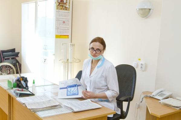 Средний медицинский персонал получает в Зауралье чуть больше 23 тысяч рублей