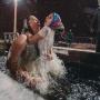Крещение на Руси: православные тату, айфоны, казаки и Джек Воробей. Кадры со всей страны