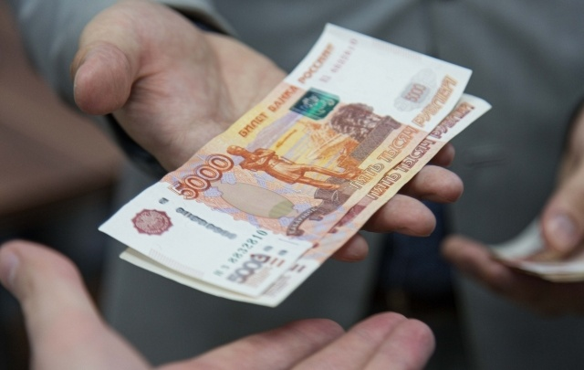Уфимка заплатила полмиллиона рублей судебным приставам за возврат Cadillac