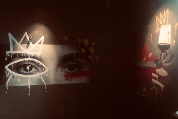 Элемент оформления строящегося бара «Нос в бокале»
