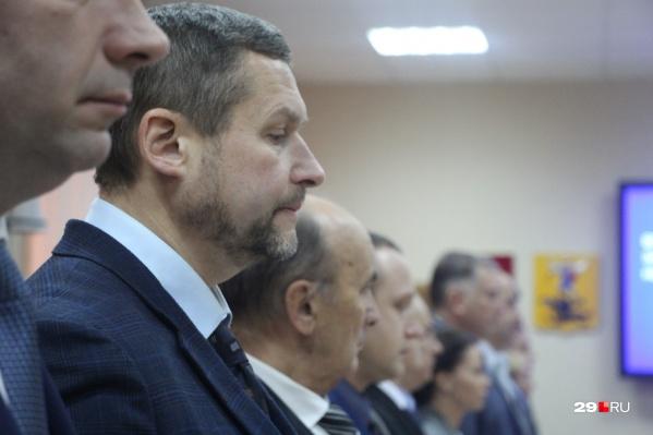 Александр Афанасьев и девять его коллег пытались бойкотировать сессию городской думы