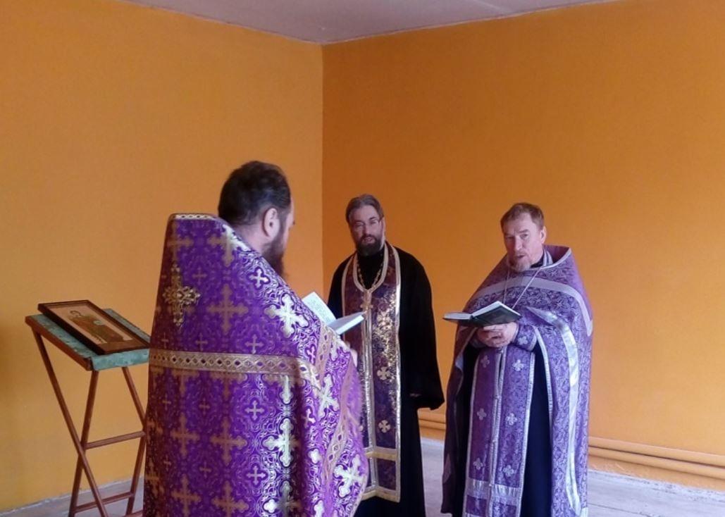Храм надеются успеть подготовить к пасхальным богослужениям