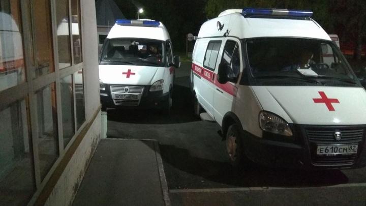 Троих новосибирцев увезли в больницу после ДТП на Владимировской
