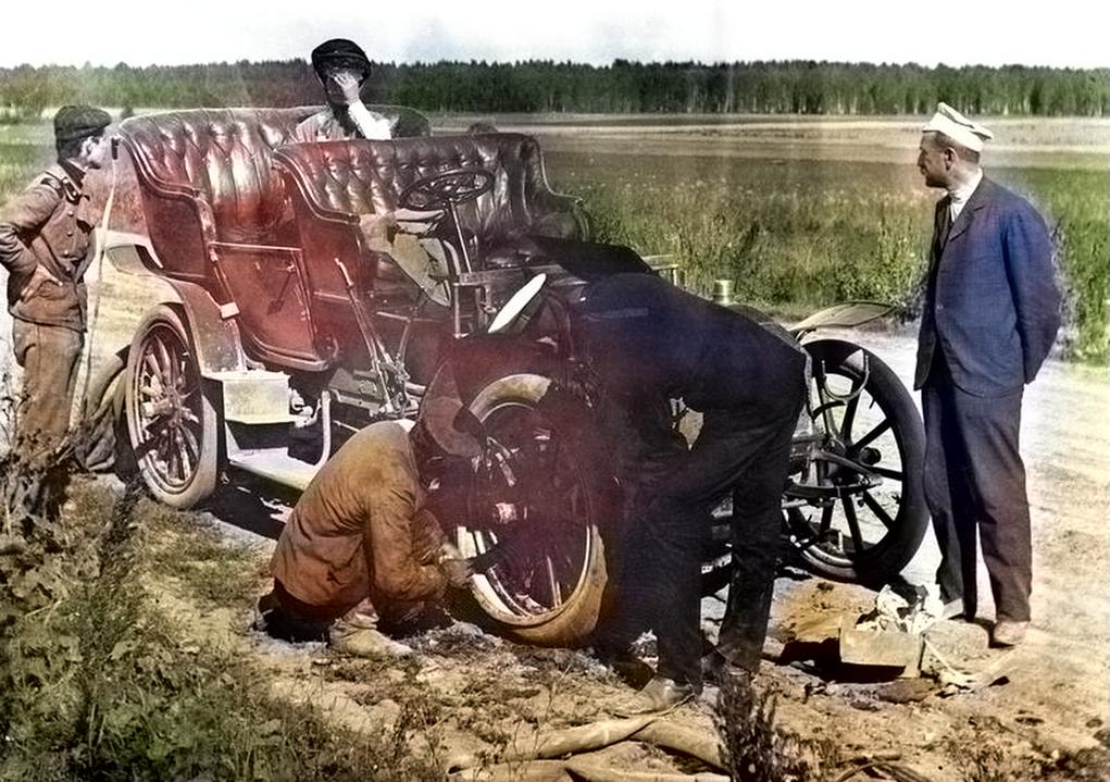 Екатеринбургские автомобилисты 1910-х годов