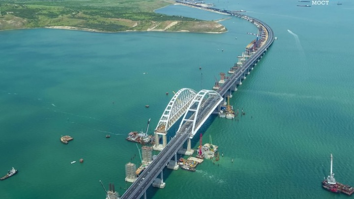 Автокраны и транспортные карты: как Челябинск помог строительству Крымского моста