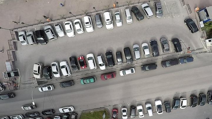 На машине на набережную: власти рассказали, где припарковаться футбольным болельщикам