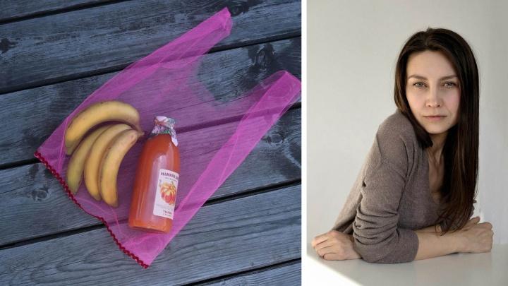 «Всё становится мусором»: сибирячка отказалась от пластиковых пакетов и шьёт красивые авоськи