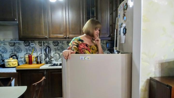 Две девицы на диете: о том, как не бегать к холодильнику каждую минуту и не объесться на корпоративе