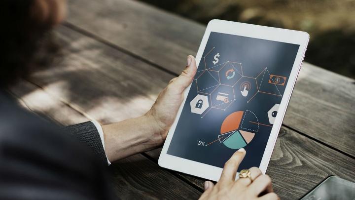 Ростелеком подключил полторы тысячи номеров мобильной связи корпоративным клиентам в ЯО