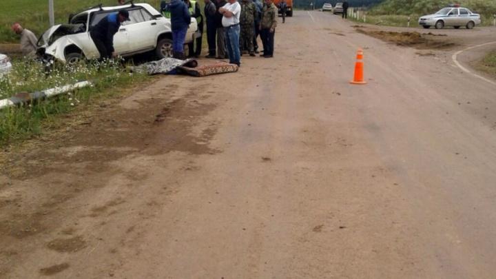 Смертельная авария на трассе в Башкирии: ToyotaCorolla протаранила «пятерку»