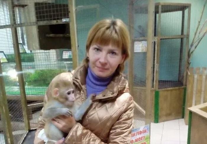 40-летняя Елена Кривоносова живёт в частном доме в Ленинском районе с дочерью и мамой
