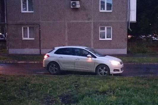 В Уфе под колеса автомобиля попал 10-летний ребенок