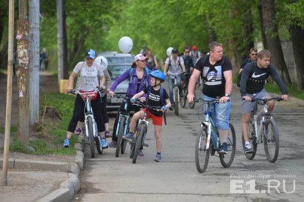 В велопрогулке каждый год участвуют тысячи горожан