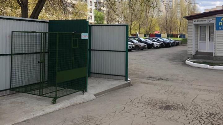 Мусорный оператор рассказал, в каких районах массово будут устанавливать контейнеры-клетки