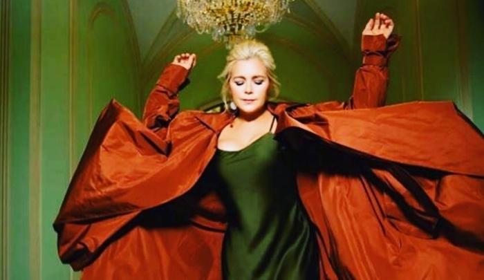 Ирина Пегова получила самую народную премию «Звезда театрала»