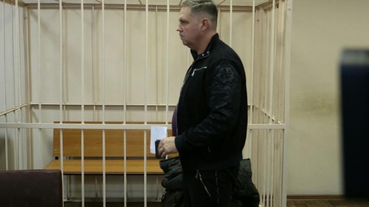 «Скроюсь — признаю вину»: обвиняемый по мусорному делу экс-глава «ГорЭкоЦентра» отстоял свободу
