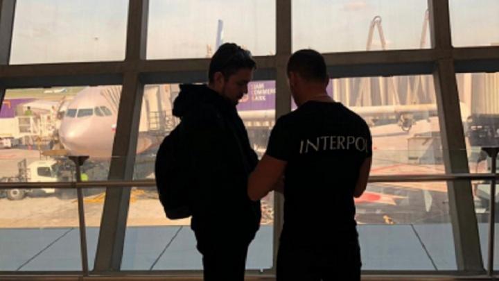 Интерпол доставил из Таиланда омича, которого обвиняют в краже шести миллионов