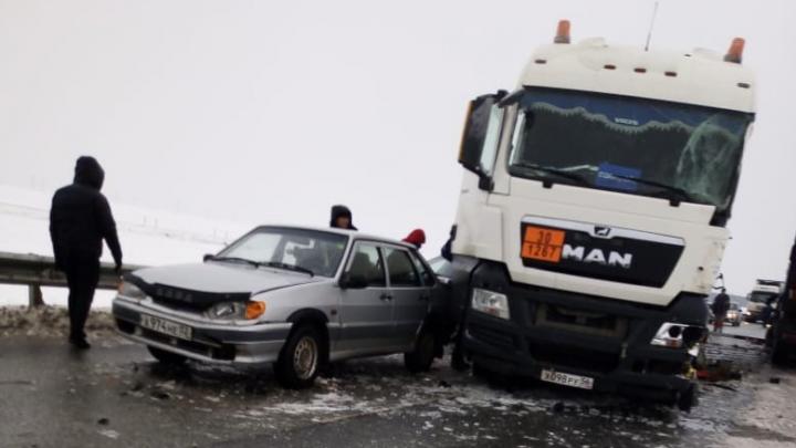 Что натворил гололед: публикуем подборку последствий дождя среди зимы в Башкирии