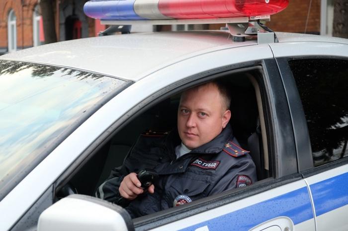 Алексей Кошелев считает, что просто делал свою работу, когда встал на пути мужчины с оружием