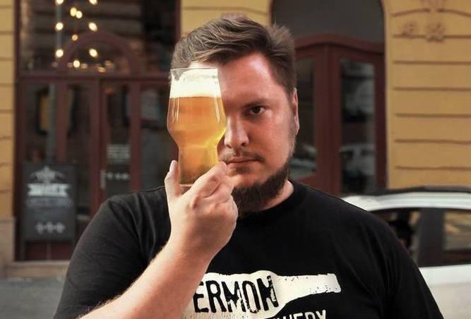 Четыре года назад Владимир открыл свой бар в Праге