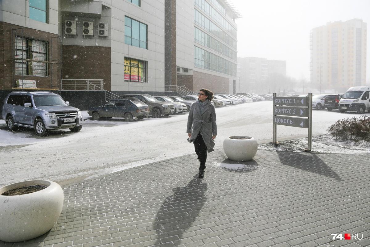 Челябинцы вспоминают прошлый апрельский снегопад, устроивший в городе настоящий коллапс