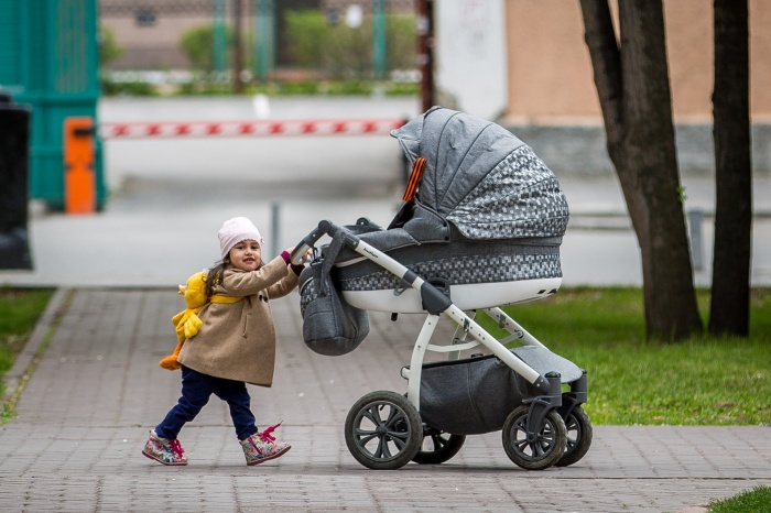 За уход за ребенком государство все-таки нам должно. Но сколько?