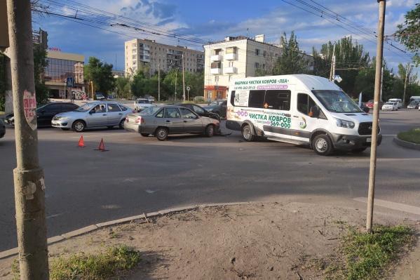 Проезд в сторону Тракторозаводского района затруднён