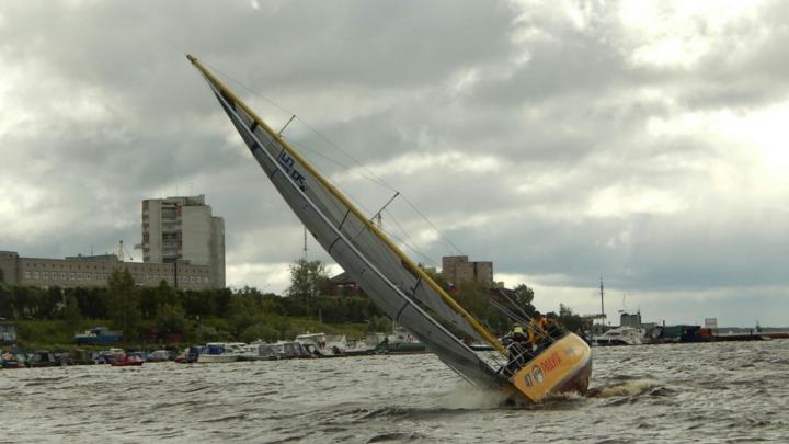 «Яхтсмены в ожидании»: старт 45-й Соловецкой регаты в Белом море задерживается из-за непогоды