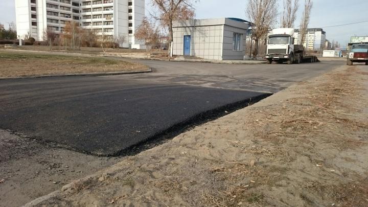 Ценой здоровья: опасную дорогу у ВолГУ обезопасили только после наезда на студента