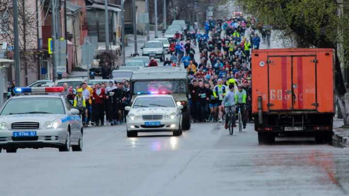 В Ростове 12 мая ограничат движение транспорта из-за массового пробега