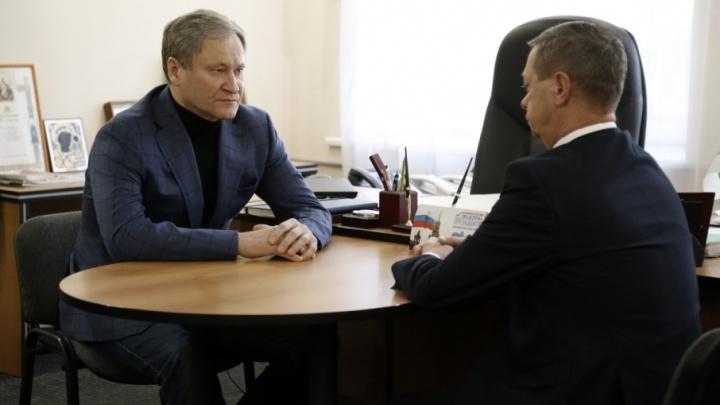 Алексей Кокорин отправился в Катайский район узнать, чем помогают выжившей девочке