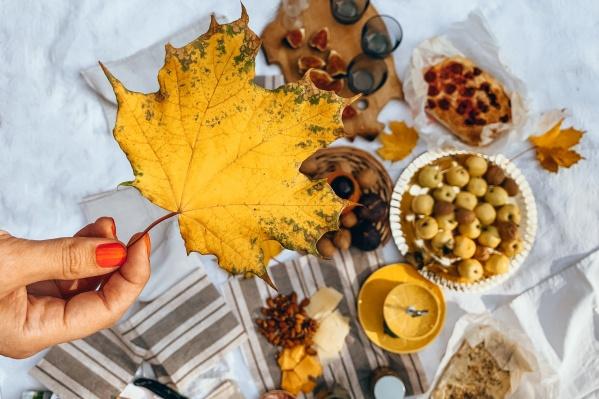 Осенний рацион после жаркого лета: тёплые напитки и супчики возвращаются