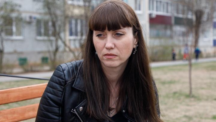 «Справки не предоставил»: глава волгоградского Росприроднадзора прогулял суд в тяжбе с учительницей