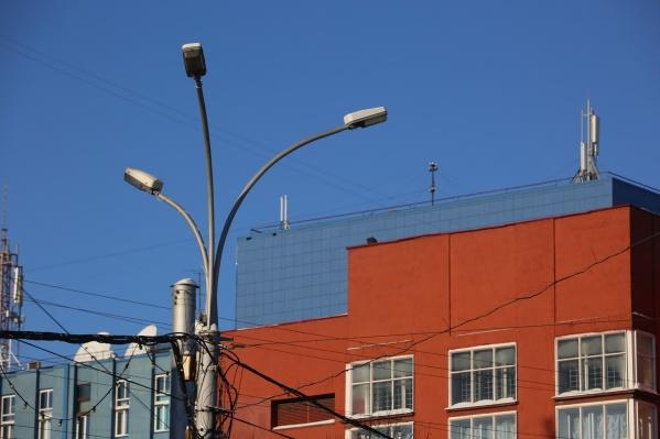 Все фонари на главной площади города могут заменить уже до конца года