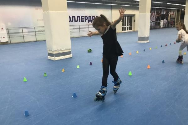 Юная омичка с трёх лет катается на роликах, а в пять стала призёром чемпионата России