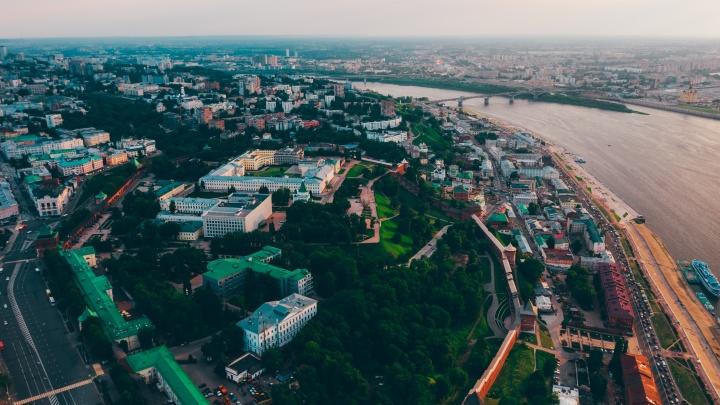 Загадочная ярмарка и сияющая Мещера. Столичный фотограф показал красоту Нижнего Новгорода