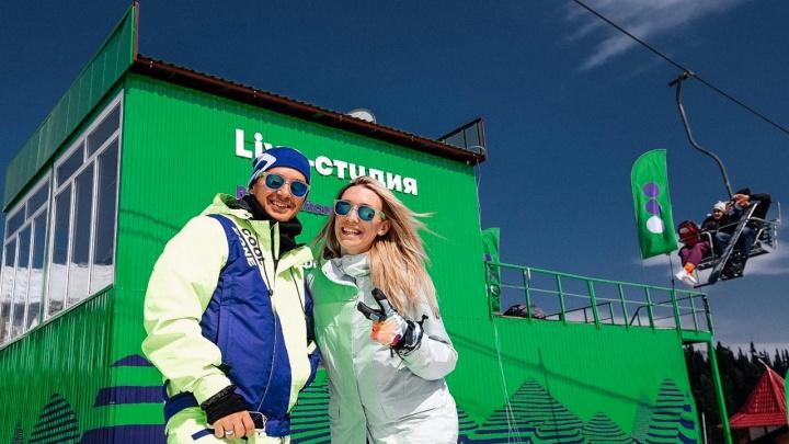 Жара в Шерегеше: легендарный спуск в купальниках лыжников и сноубордистов покажут в прямом эфире