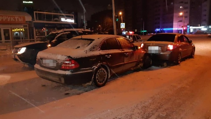 В Уфе из-за нетрезвого водителя в ДТП с тремя автомобилями пострадала женщина