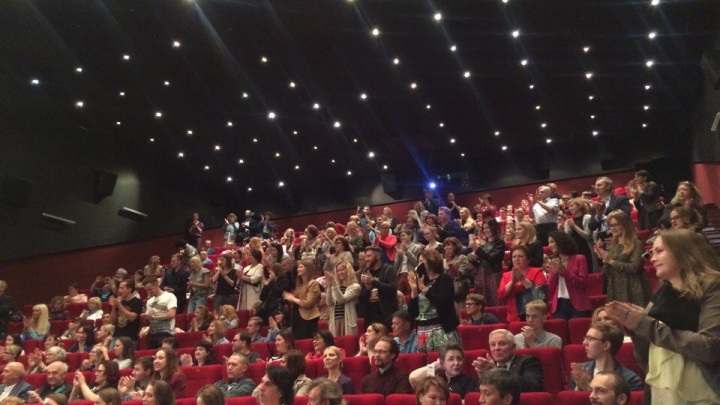 Сотни новосибирцев пришли на премьеру нового фильма Звягинцева