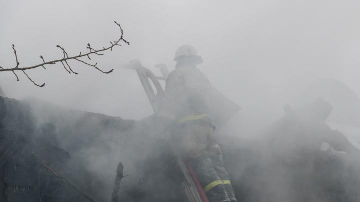 В Пермском крае на пожаре погибли трое мужчин