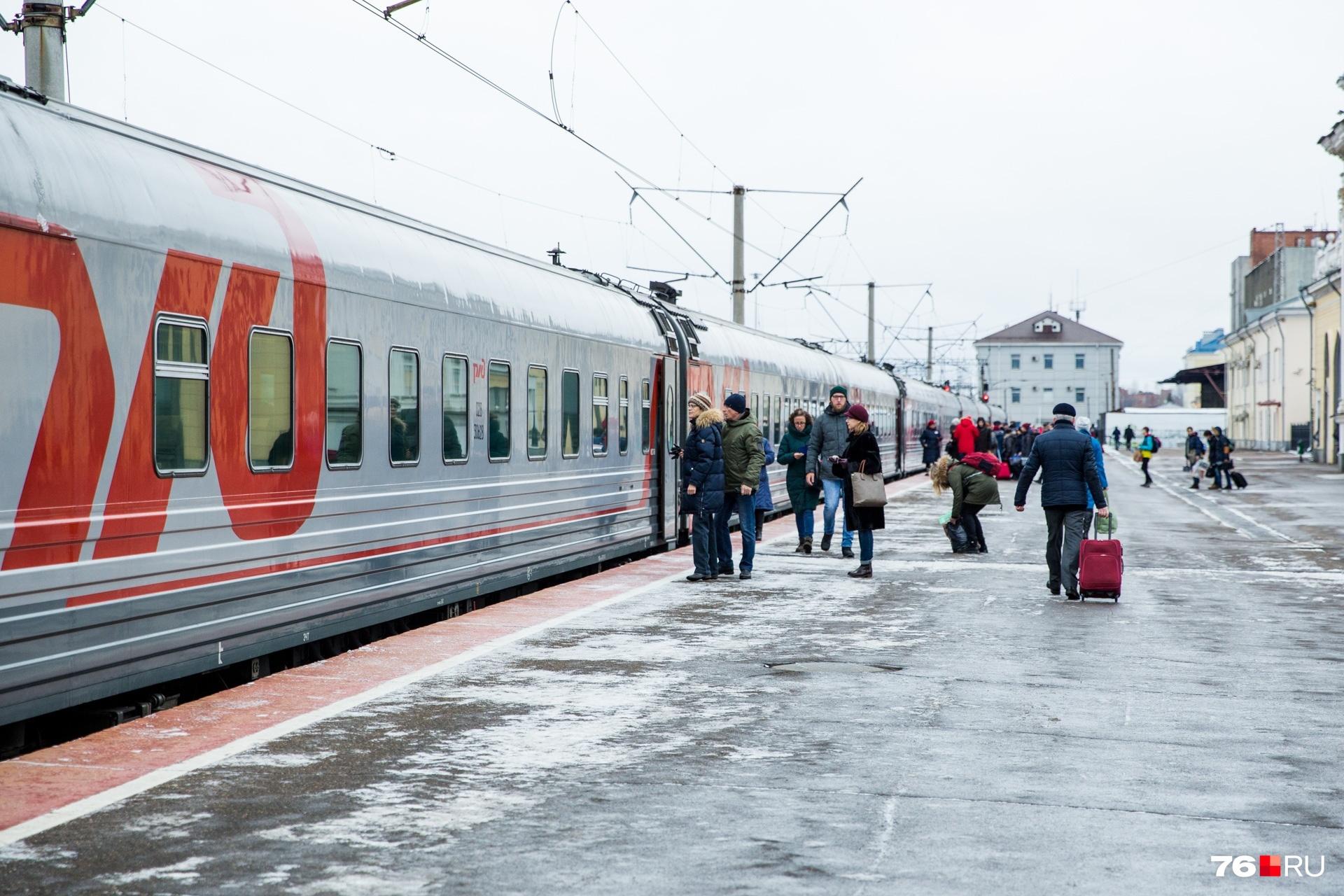 У машиниста электровоза зарплата может доходить до 80 тысяч рублей
