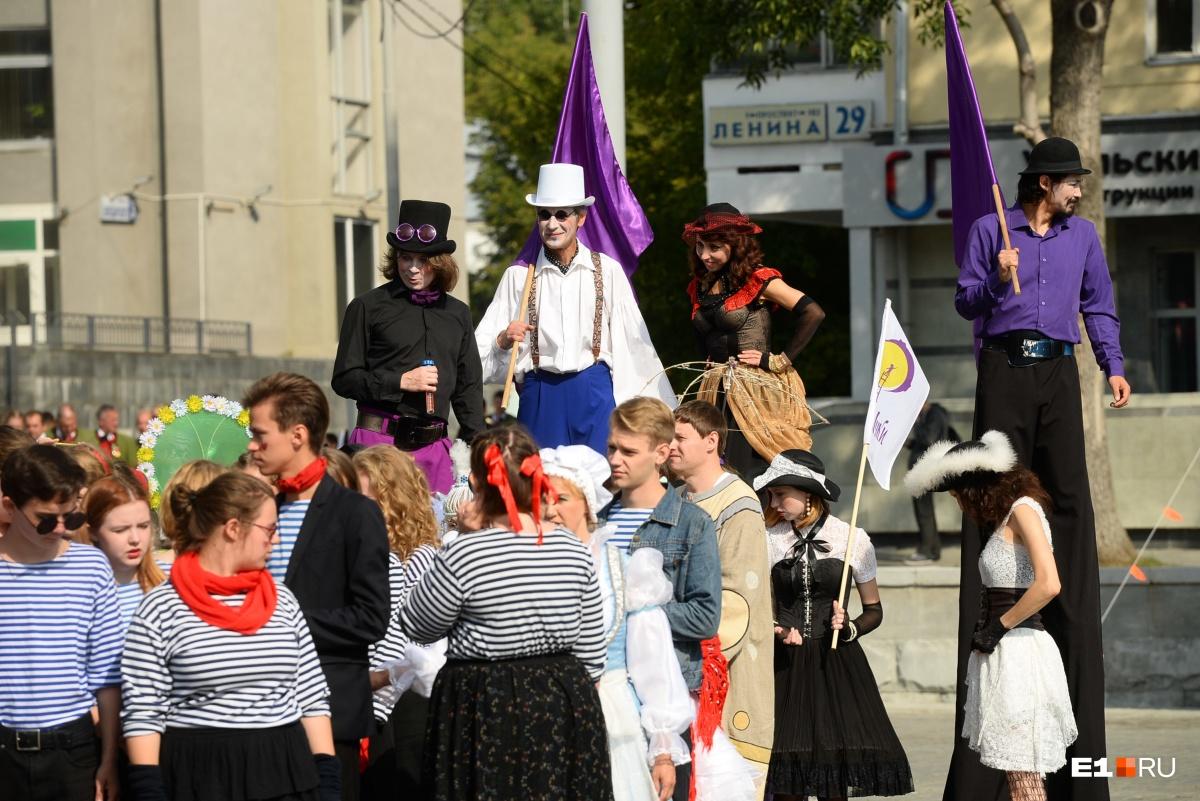 В фестивале поучаствовали 25 театральных коллективов