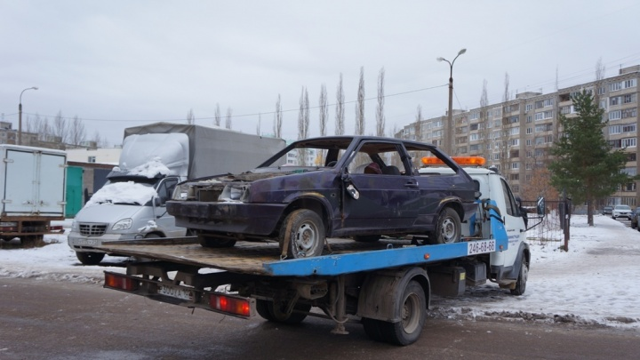 Радий Хабиров о борьбе с автохламом: «Только за три дня вывезли на спецстоянки в Уфе 24 машины»
