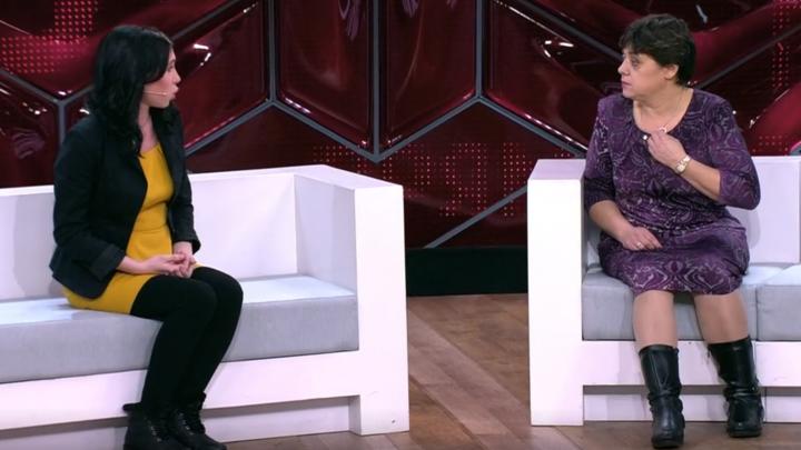«Она чужая»: дети из южноуральского посёлка отреклись от матери на шоу Андрея Малахова