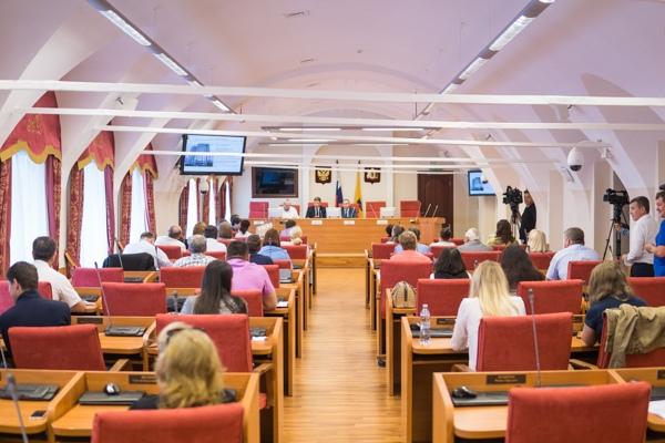 Оппозиция в новой Ярославской областной думе решила объединиться