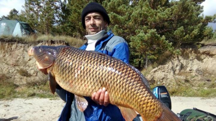 Чудище обское: новосибирец вытащил из моря 14-килограммовую рыбу