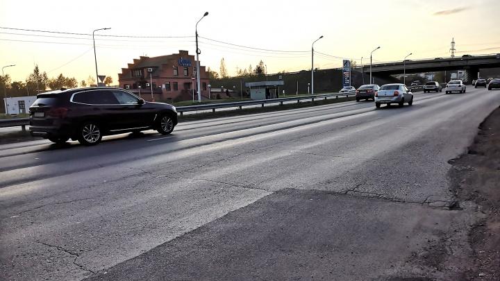 Разбитые дороги на Северном шоссе и Енисейском тракте начинают ремонтировать